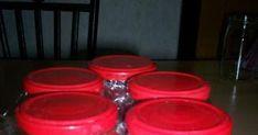 Hozzávalók: 5 kg paradicsom 1 dkg nátrium-benzoát 3 ek. só 6 ek. cukor Elkészítés: A paradicsomokat alaposan megmossuk, majd feldara... Cukor, Tableware, Dinnerware, Tablewares, Dishes, Place Settings