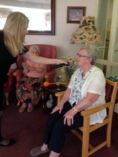 Singing with Sophie - Birch Green Care Home Skelmersdale