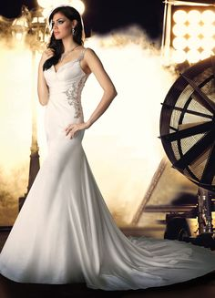 Buy 2014 Sexy Mermaid/Trumpet Satin V Neck With Straps Side Ruched Luxury Wedding Dress Online Cheap Prices