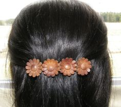 VTG HAIR CLIP GRIP PIN HEAD PIECE BARRETTE HIPPIE BOHO LEATHER DAISIES FLOWERS 25$