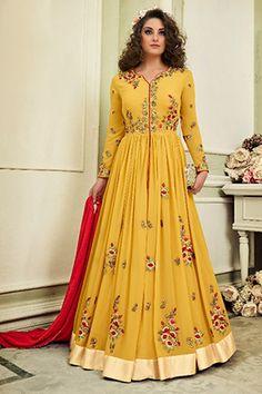 Shop online from latest & beautiful collection of Anarkali suits, Long Anarkalis & Salwaar in Anarkali style. Get designer Anarkali Suits at Best Prices. Pakistani Dresses, Indian Dresses, Indian Outfits, Indian Clothes, Shadi Dresses, Prom Dresses, Lace Anarkali, Anarkali Suits, Indian Wedding Gowns