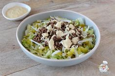 Big Mac salade - Recept - ,Big Mac salade - Recept - Big Mac salade - Recept - , You can find Mac and m. Healthy Low Carb Recipes, Healthy Options, Low Carb Keto, Healthy Snacks, Big Mac Salat, Go For It, Low Carb Lunch, Food Inspiration, Good Food