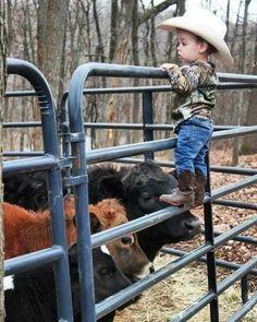 Cute little cowboy Western Baby Clothes, Western Babies, Cute Baby Clothes, Country Babies, Little Country Boys, Country Couples, Babies Clothes, Babies Stuff, Cute Baby Boy