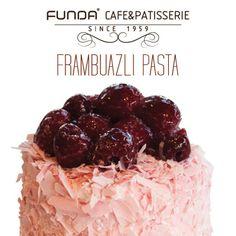 Funda Cafe & Patisserie 'de frambuazlı pastanın tadına doyamayacaksınız!