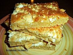 Greek Pita, Junk Food Snacks, Snack Recipes, Cooking Recipes, Savory Muffins, Cheese Pies, Greek Cooking, Greek Dishes, Greek Recipes