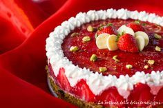 Torta semifreddo alle fragole