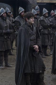 Iwan Rheon as Ramsay Bolton in Game of Thrones Game Of Thrones Movie, Game Of Thrones Costumes, Game Of Thrones Series, Game Costumes, Game Of Thrones Fans, Jon Snow, Ramsey Bolton, Game Of Trone, Iwan Rheon