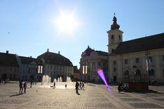 Vreau soare puternic, caldura mare si sa ma racoresc cu stropii de la fantana din Piata Mare Sibiu!