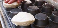 Heb je nog een bakblik voor muffins in de kast liggen. Je kunt er meer mee dan je denkt...Draai bijvoorbeeld…