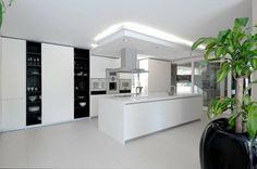 Sennhütte Moderne Schwarz Weiße Küche