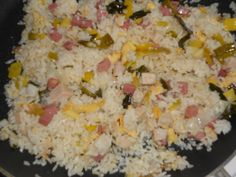 Fried rice with wok chicken - Family recipe for a large pan full - The normal home garden and kitchen nasi with chicken from the wok is a tasty family dish for weekda - Rice Recipes, Asian Recipes, Cooking Recipes, Healthy Recipes, Healthy Food, Rumchata Recipes, Panini Recipes, Nasi Goreng, Good Food