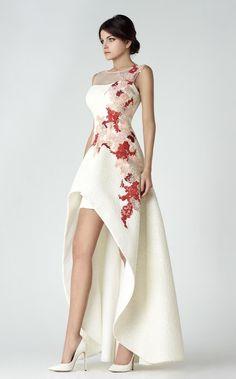 c09ad1d3dc69 Невероятная женственность  вечерние платья от Saiid Kobeisy - Ярмарка  Мастеров - ручная работа