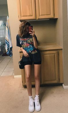 Nida # Biker Shorts Outfit Nida - Fashion Show Retro Outfits, Vintage Outfits, Cute Casual Outfits, Mode Outfits, Short Outfits, Summer Outfits, Summer Clothes, 90s Style Outfits, Teens Clothes