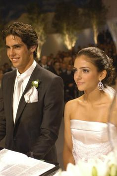 All there is to know about Ricardo Kaká (Ricardo Izecson dos Santos Leite), Brazilian and Real Madrid player. Biography, stats, girlfriends and pictures Celebrity Wedding Dresses, Celebrity Weddings, Wedding Kiss, Wedding Bells, Caroline Celico, Ricardo Kaka, Real Madrid Soccer, Soccer Players, One Shoulder Wedding Dress