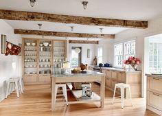 9 Noteworthy Rustic Wood Ceilings