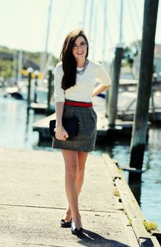 Belted short tweed skirt, basic white top