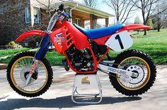 The description says but its not. It's been altered a bit, but I'm calling Regardless, its a beaut! Honda Dirt Bike, Honda Motorcycles, Tracker Motorcycle, Retro Motorcycle, Vintage Motocross, Honda Cr, Vintage Bikes, Vintage Motorcycles, Cool Dirt Bikes