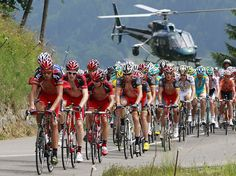 #helicopters are an essential part of the Tour de France. In addition to live video coverage, they are often used by the #peloton to gauge the distance to the #breakaway (over which a #helicopter will usually fly). #lance_armstrong (C) during Stage 9 of the Tour de France 2010. Via: http://www.flickr.com/photos/arslion/4821906765/#