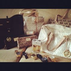 MK - I need all this in my life. Asap.