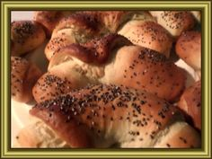 Nadýchané loupáčky s chia semínky Bagel, Buns, Bread, Chicken, Food, Brot, Essen, Baking, Meals