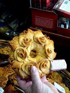 Bread Decoration or Bread Showpieces | Wedding 'bread' decoration in market #bread #breaddecor