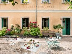 La Scuola Guesthouse Lusiana La Scuola Guesthouse is located 2 km from Lusiana on the Vicenza hills. Free WiFi access is available in all public areas.  All the rooms feature a private bathroom with bath or shower, hairdryer, towels and free toiletries.