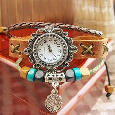 New Flower Style Case Shape Leather Band Hand Made Women's Bracelet Watch