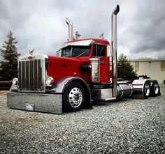"""what we used to call a """"City"""" truck.....no sleeper cab. (Peterbuilt)"""