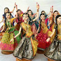 Indian Dance DOlls.....