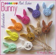 Easter Bunny (Plant) Stakes – Free Crochet Pattern / Easter Bunnies Flower Studs – Free Crochet Pattern (Natas Nest) - All About Crochet Gratis, Crochet Patterns Amigurumi, Crochet Toys, Free Crochet, Knitting Patterns, Crochet Easter, Easter Crochet Patterns, Holiday Crochet, Crochet Bunny Pattern