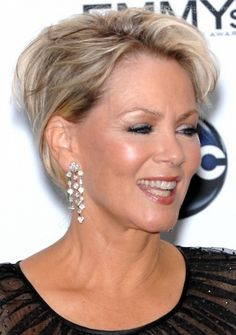 20+ Short Haircuts for Women Over 50 - 13 #ShortHairstyles