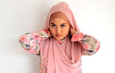 kacamatamia: Chiffon Shawl Hijab Tutorial #3 : Modifications of The Simplest Style
