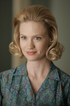 Betty Draper 60s of MadMen this bitch is Mad love her style!