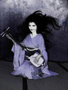 ovnis y fenomenos paranormales: Kuchisake Onna/ la mujer de la boca hendida