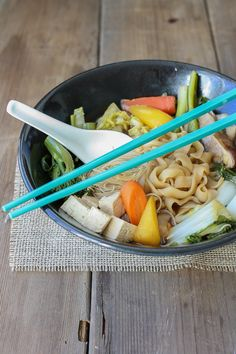 Vegan Sukiyaki is a vegan version of a traditional Japanese dish. Loaded with veggies, taste and easy to make. A meal the whole family will love! Easy Japanese Recipes, Japanese Dishes, Asian Recipes, Healthy Recipes, Ethnic Recipes, Japanese Food, Sushi Recipes, Meal Recipes, Quick Recipes