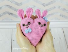 Bunny heart amigurumi pattern van Amigurumi Today