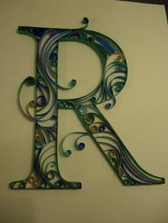 How-to guide for making quilled monograms without needing to buy special equipment