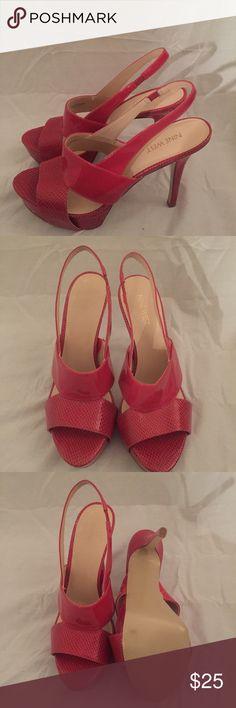 🎉25% OFF!🎉 Nine West Pink Heel 4.5 in heel Sz 10 Dahlia pink open toe 4.5 inch heels size 10. Excellent condition. Minimal wear. Nine West Shoes Platforms