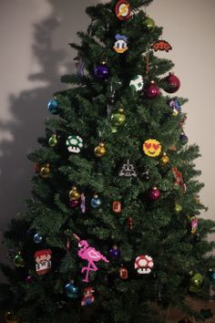 kunterbunter Weihnachtsbaum Bügelperlen Iron Beads Christmas Tree, Holiday Decor, Home Decor, Christmas, Teal Christmas Tree, Decoration Home, Room Decor, Xmas Trees, Christmas Trees
