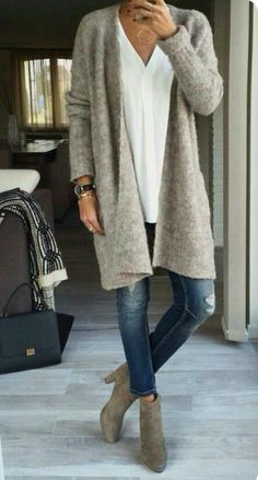Need: a long comfortable cardigan - Great casual style. Need: a long comfortable cardigan - Casual Winter Outfits, Winter Outfits Women, Fall Outfits, Casual Summer, Dress Casual, Summer Outfits, Chic Dress, Casual Fall, Outfit Winter