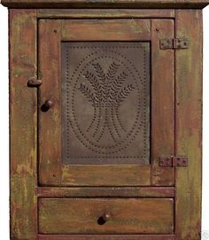 PRIMITIVE DISTRESSED HANGING COUNTRY PINE PIE SAFE WALL CABINET CUPBOARD PINE