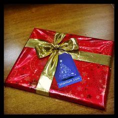#znanium#gift#ЭБС#библиотека#подарок#подарочек  на #НовыйГод и #Рождество   #упаковка и #оформлениеподарка в #упаковочнаябумага с пожеланиями   #золотойбант#бант#бантик #gift#wrapping#wrappingpaper#red#goldribbon#ribbon  #decorteam  #lala_decorteam
