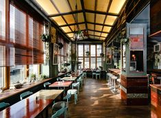 It's little surprise that Brooklyn café House of Small Wonder is expanding into Europe... http://www.we-heart.com/2014/12/03/house-of-small-wonder-berlin/