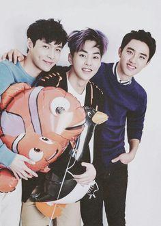 Lay, Xiumin, Kyungsoo