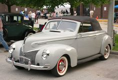 1940 Mercury 8 Club Convertible Maintenance/restoration of old/vintage vehicles: the material for new cogs/casters/gears/pads could be cast polyamide which I (Cast polyamide) can produce. My contact: tatjana.alic@windowslive.com
