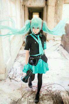 Vocaloid: Hatsune Miku [1]