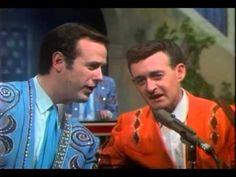 Wynn Stewart & Don Rich 'Such A Pretty World' - YouTube