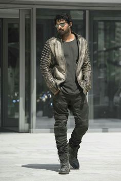 After Baahubali, Prabhas has become the pan-India actor which is why the makers of Saaho are taking more time and effort in completing the movie as per Dj Movie, Movie Photo, New Movies 2018, Movies Online, Latest Movies, Bahubali Movie, Prabhas And Anushka, Prabhas Actor, Telugu Movies Download