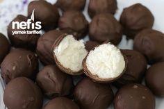 Çikolata Topları Tarifi nasıl yapılır? 6.254 kişinin defterindeki Çikolata Topları Tarifi'nin resimli anlatımı ve deneyenlerin fotoğrafları burada. Yazar: Esin Güngör Yummy Recipes, Yummy Food, Yami Yami, Toffee, Deserts, Muffin, Food And Drink, Sugar, Cookies