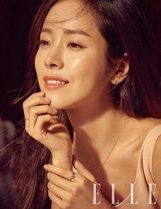"""""""그 미소, 아름답다""""…한지민, 로맨틱 홀리데이 :: 네이버 TV연예"""